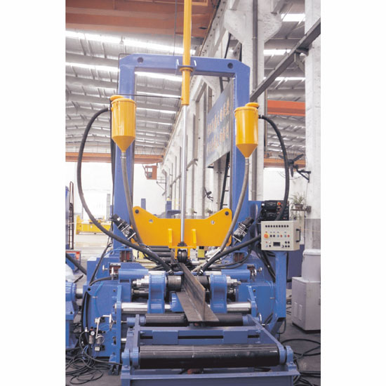 H型组焊矫工作站